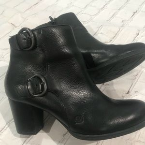 Born Like New Black Leather Booties